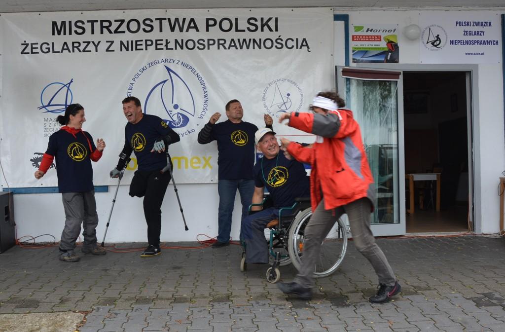 Przeglądasz zdjęcia w artykule: XXII  Mistrzostwa  Polski  Żeglarzy z Niepełnosprawnością 20-23 czerwca 2016 r.