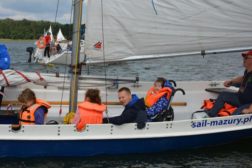 Przeglądasz zdjęcia w artykule: XIII  Festiwal Sportów Wodnych Osób Niepełnosprawnych - Memoriał Eugeniusza Wilczyńskiego 25 - 27 sierpnia 2017 r.