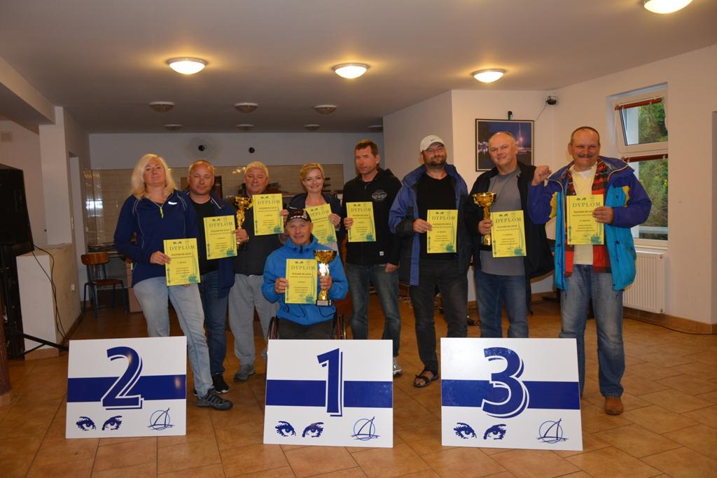 Przeglądasz zdjęcia w artykule: Puchar XX - lecia Mazurskiej Szkoły Żeglarstwa 3 września  2017r.
