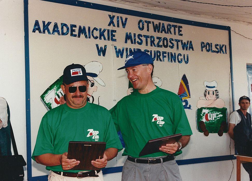 Przeglądasz zdjęcia w artykule: XIV Międzynarodowe Otwarte Akademickie Mistrzostwa Polski w Windsurfingu - 7UP CUP 14-16 sierpnia