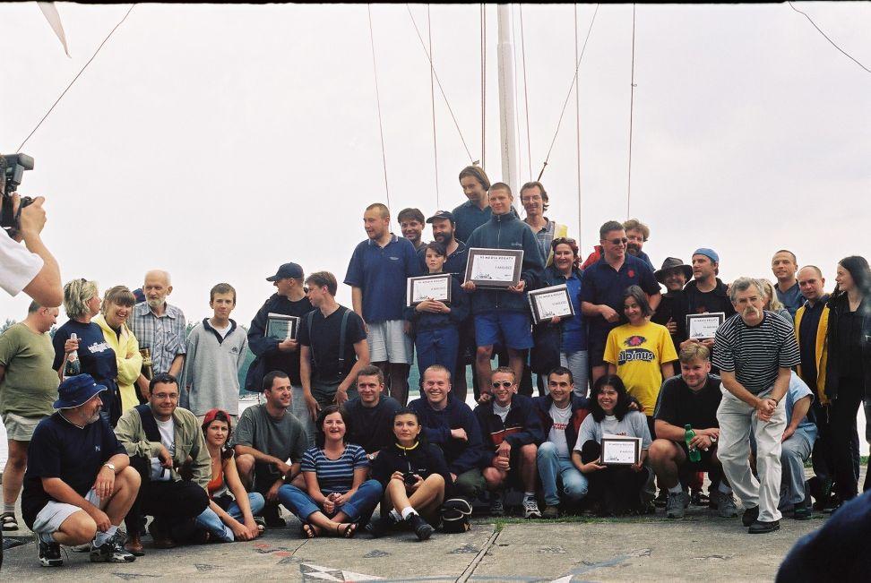Przeglądasz zdjęcia w artykule: VII Media Regaty  14 - 17 czerwca 2001