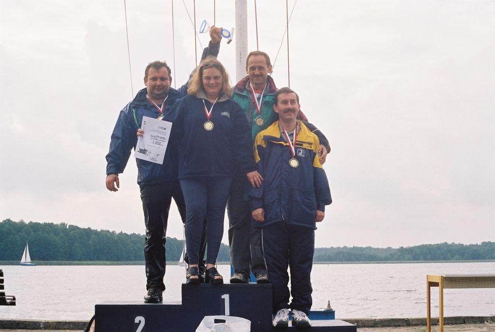 Przeglądasz zdjęcia w artykule: Lekarze Na Start 1 - 2 września 2001
