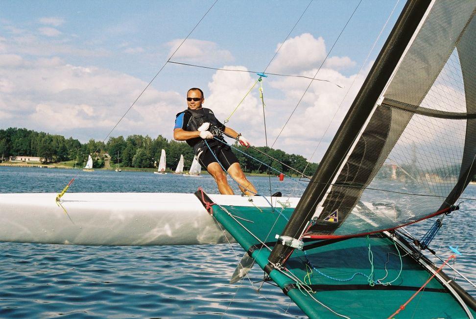 Przeglądasz zdjęcia w artykule: VII Mistrzostwa Polski Katamaranów – srebro i brąz dla MSŻ  27 - 28 sierpnia 2004