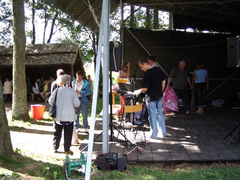 """Przeglądasz zdjęcia w artykule: Ogólnopolska Impreza Integracyjna Domów Pomocy Społecznej """"Pożegnanie Lata 2005"""""""