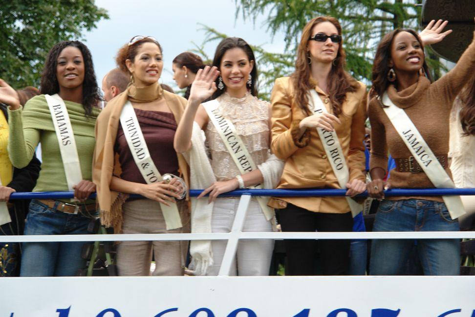 Przeglądasz zdjęcia w artykule: Żeglowaliśmy z MISS WORLD 2006 10 - 13 wrzesień  2006