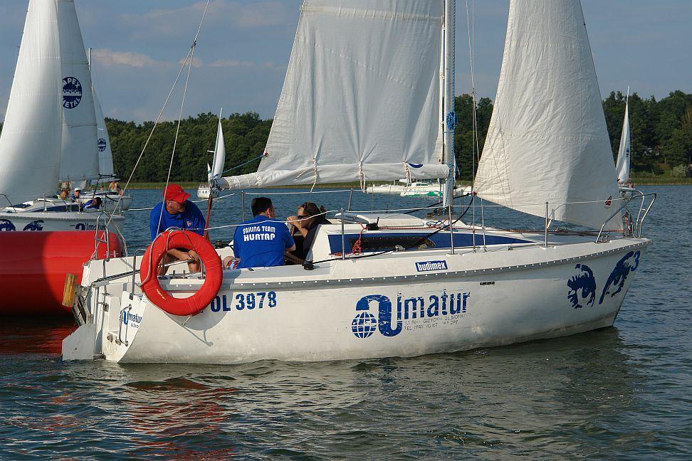 Przeglądasz zdjęcia w artykule: III Farmaceutyczne Mistrzostwa Polski w Żeglarstwie FARMA CUP  23 - 26 sierpnia 2007