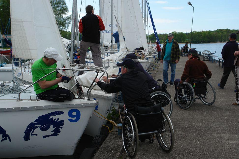 Przeglądasz zdjęcia w artykule: V Puchar Polski Żeglarzy Niepełnosprawnych – I Edycja  09 - 11 maja 2008