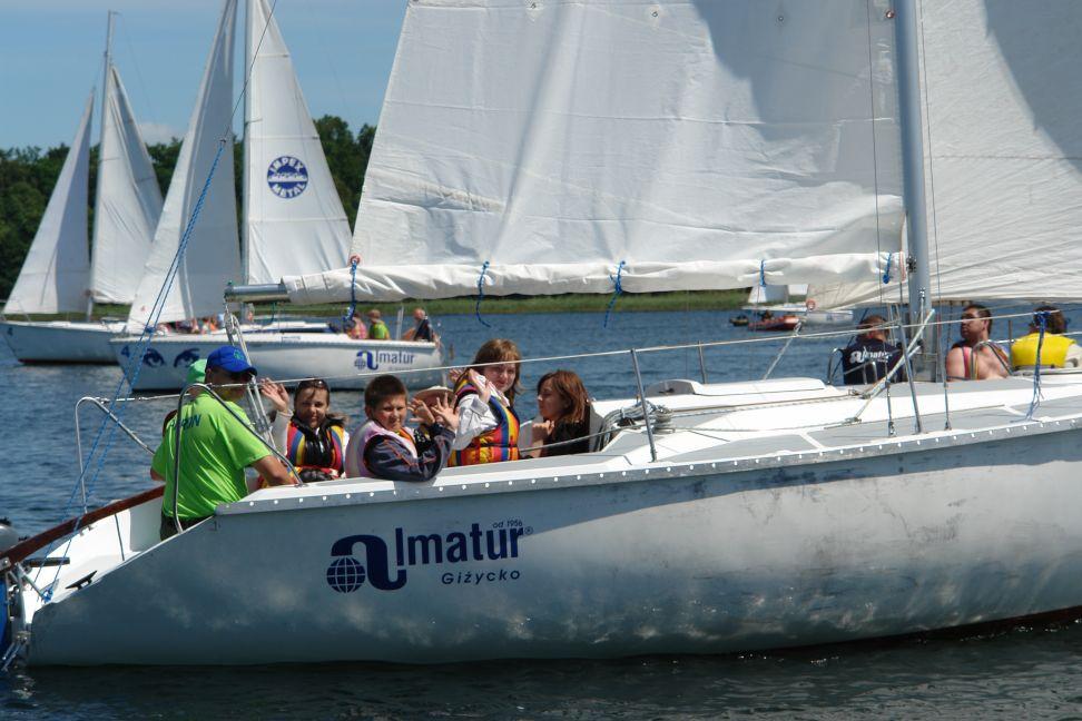 Przeglądasz zdjęcia w artykule: IV Festiwal Sportów Wodnych Osób  Niepełnosprawnych  20 - 22 czerwca 2008
