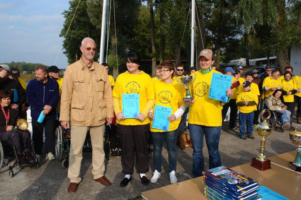 Przeglądasz zdjęcia w artykule: V Żeglarski Puchar PFRON  26 – 28 września 2008