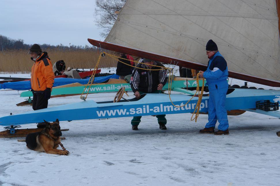 Przeglądasz zdjęcia w artykule: Bojerowy Puchar Polski Żeglarzy Niepełnosprawnych  31 stycznia – 1 lutego 2009