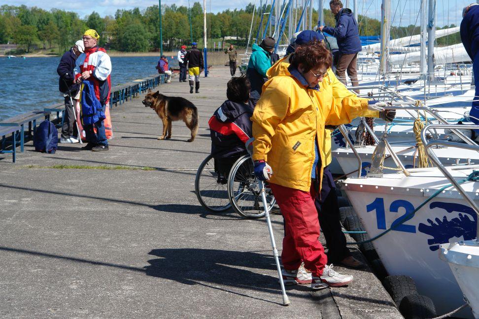 Przeglądasz zdjęcia w artykule: VI Puchar Polski Żeglarzy Niepełnosprawnych – I Edycja 8 - 10 maja 2009