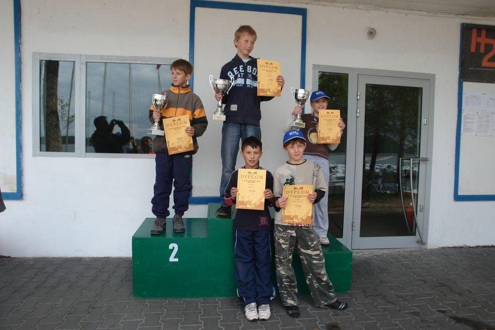 Przeglądasz zdjęcia w artykule: XI Puchar Mazurskiej Szkoły Żeglarstwa 16 – 17 maja 2009