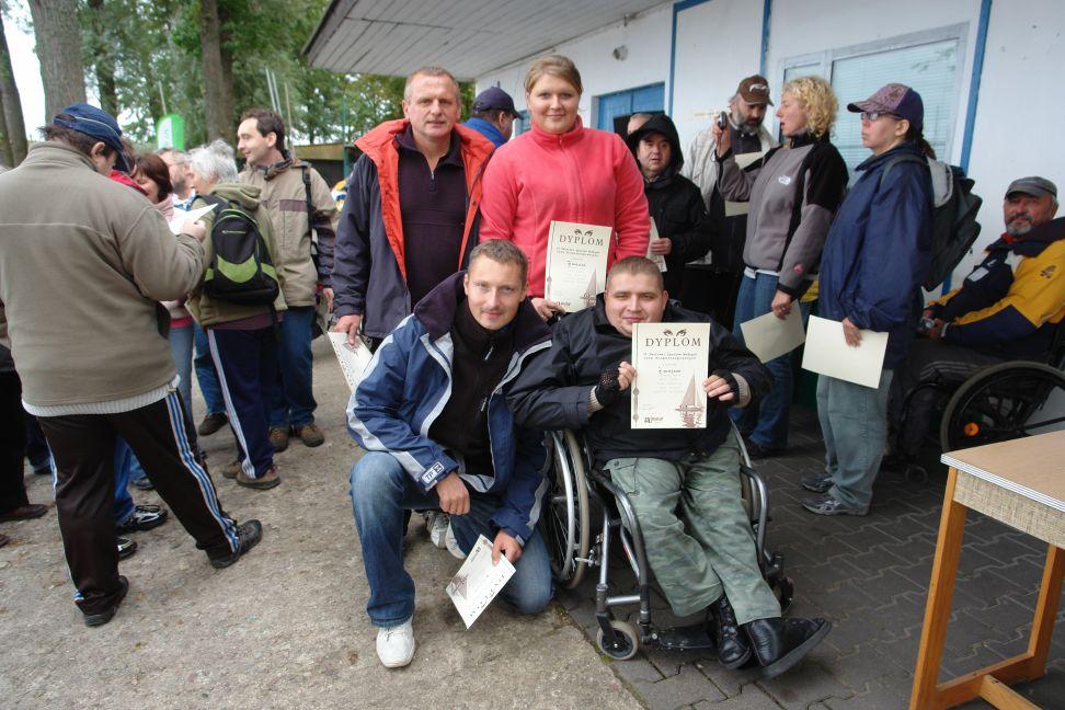 Przeglądasz zdjęcia w artykule: VI Festiwal Sportów Wodnych Osób  Niepełnosprawnych 17 - 19 września 2010