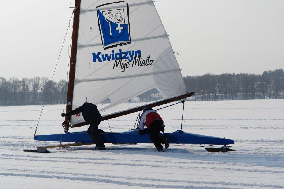 Przeglądasz zdjęcia w artykule: V Otwarte Bojerowe Mistrzostwa Polski Żeglarzy Niepełnosprawnych 19 - 20 luty 2011