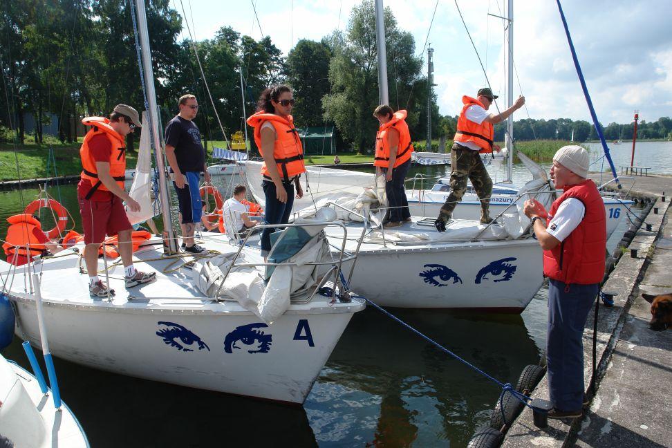 Przeglądasz zdjęcia w artykule: Kurs żeglarski Polskiego Związku Olimpijskiego Głuchych 18 - 31 lipca 2011