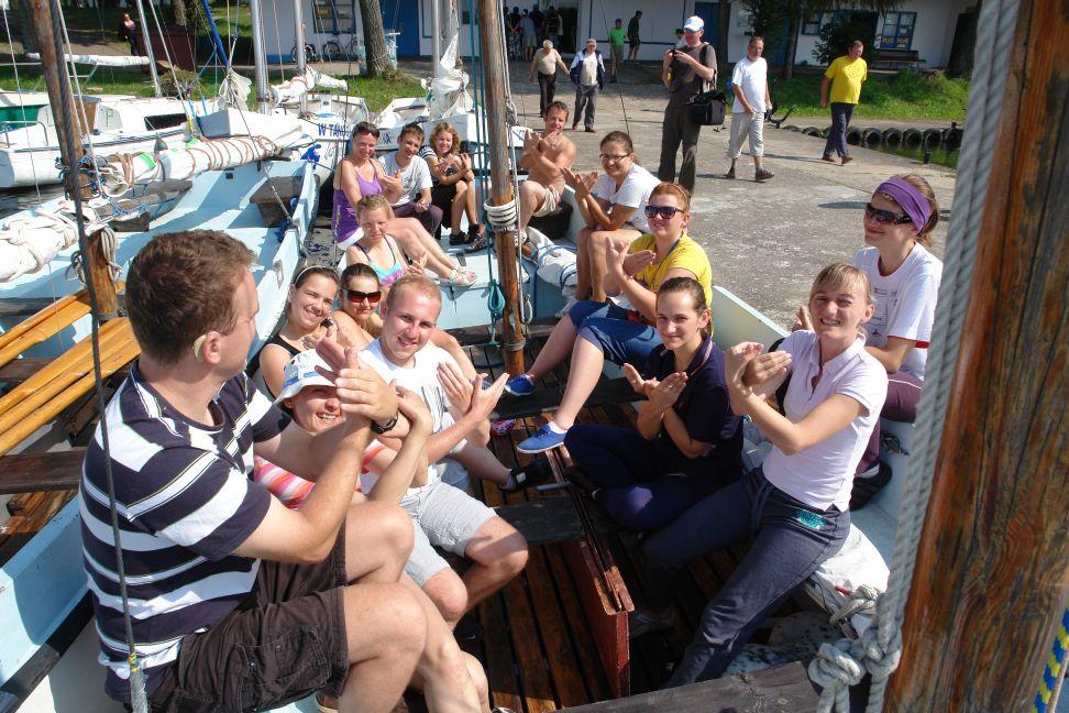 Przeglądasz zdjęcia w artykule: Warsztaty żeglarskie osób niepełnosprawnych 21 lipca - 03 sierpnia 2011