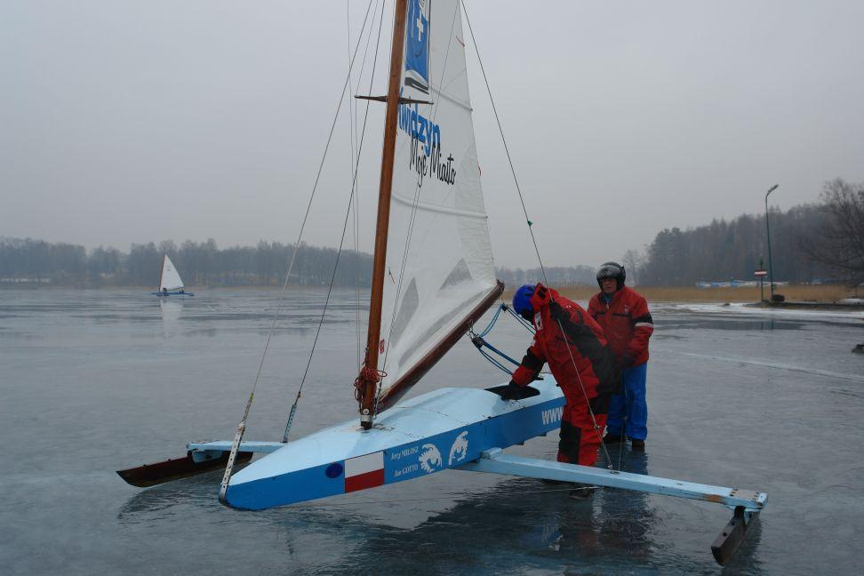 Przeglądasz zdjęcia w artykule: VI Otwarte Bojerowe Mistrzostwa Polski Żeglarzy Niepełnosprawnych 10 marzec 2012