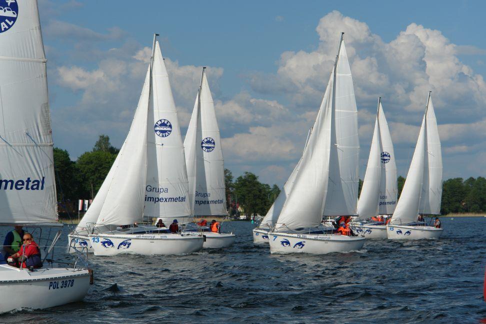 Przeglądasz zdjęcia w artykule: IX Puchar Polski Żeglarzy Niepełnosprawnych – I Edycja 25 - 27 maja 2012