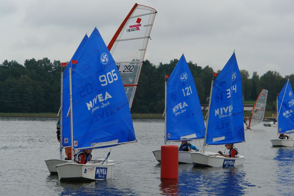 Przeglądasz zdjęcia w artykule: XV Puchar Mazurskiej Szkoły Żeglarstwa 1 września  2012