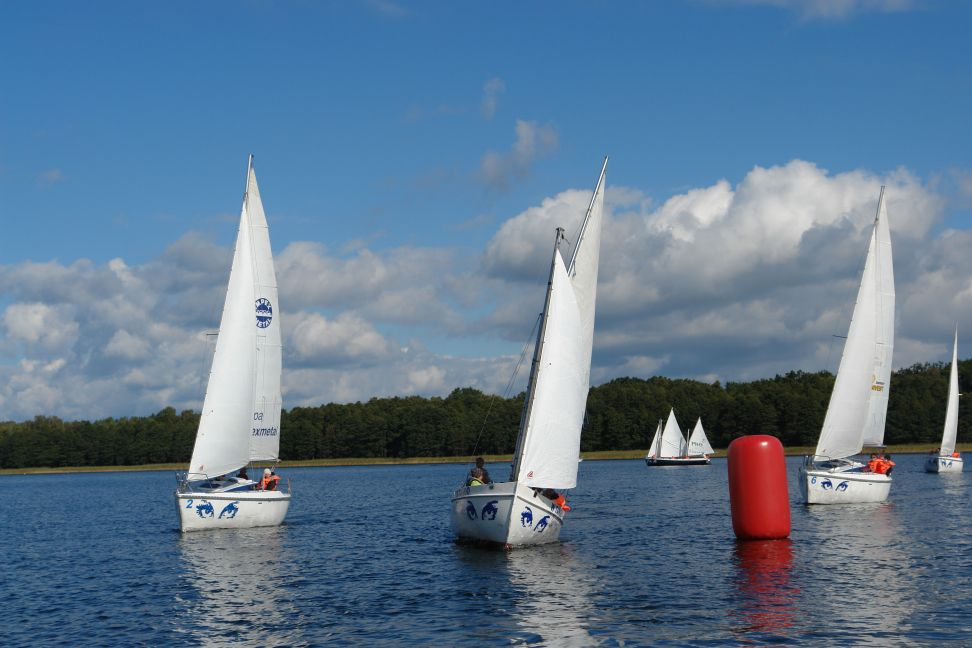 Przeglądasz zdjęcia w artykule: IV Mistrzostwa Polski Niesłyszących w Żeglarstwie 24 - 25 września 2012