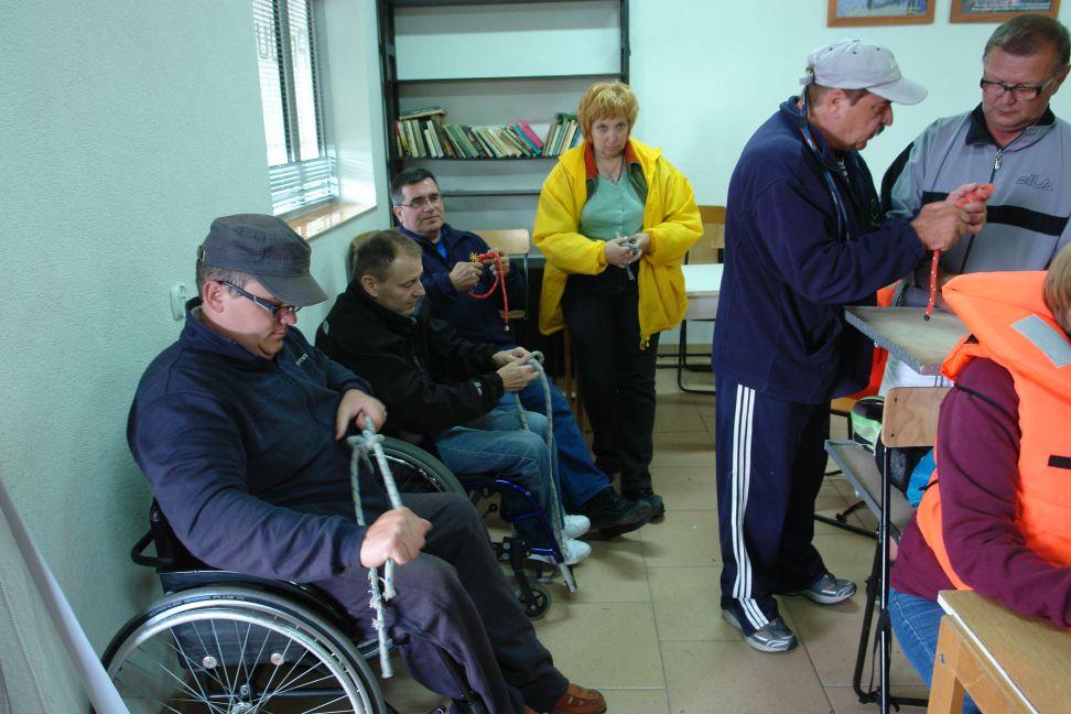 """Przeglądasz zdjęcia w artykule: II """"Sprawni  żeglarze"""" - Warsztaty Sportowo-rehabilitacyjne 12 - 25 sierpnia 2013"""