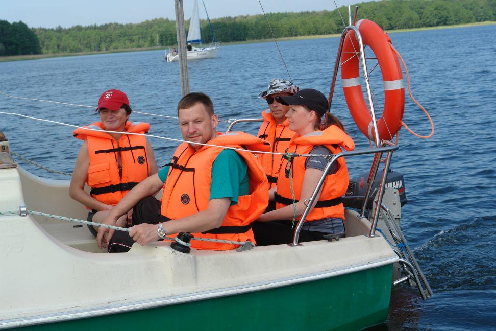 Przeglądasz zdjęcia w artykule: I Żeglarskie Warsztaty Artystyczne 2 – 15 czerwca  2014r.