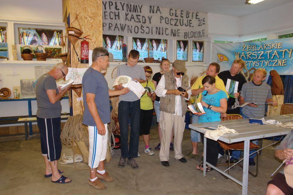 Przeglądasz zdjęcia w artykule: III Żeglarskie Warsztaty Artystyczne 15 – 28 lipca 2014 r.