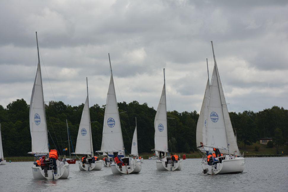Przeglądasz zdjęcia w artykule: Mistrzostwa  Polski  Niesłyszących w Żeglarstwie 4 - 6 września 2015 r.